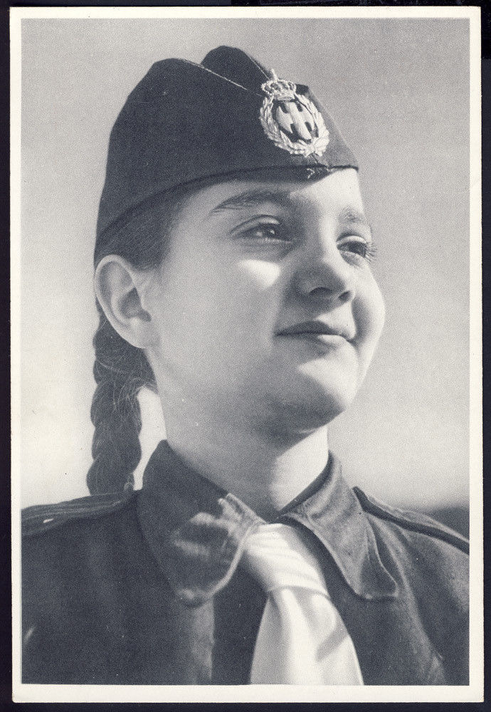 eon-greek-fascist-phalangist-girl-2