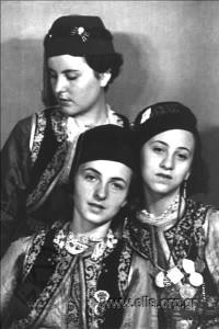 celebration-4th-august-1937-metaxas-greece-879a02702bea1d1f1e808ecb3ddebdf6