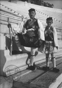 celebration-4th-august-1937-metaxas-greece-f35b6f159e0d2f26138160e849a0ec07